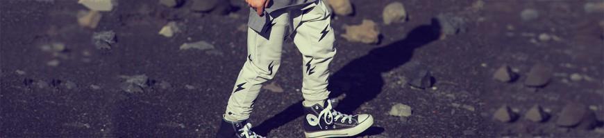 Kinderkledij: Broeken voor jongens